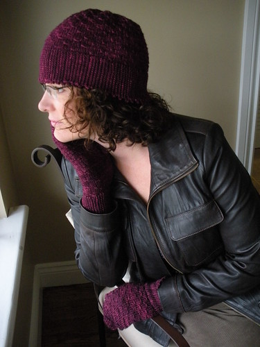 picot edge hat and mitts