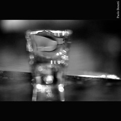 troppi brandy.... (paolo.benetti) Tags: bw nikon brandy stress bicchiere d80 alcolismo kubrickslook troppibrandy troppaatmosfera