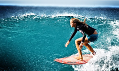 (Kanaka Menehune) Tags: hawaii surf oahu surfer surfing northshore chicks pipeline banzai surfergirl