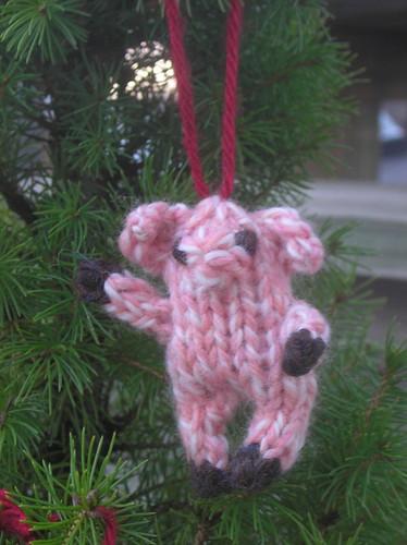 ornament-pig 08