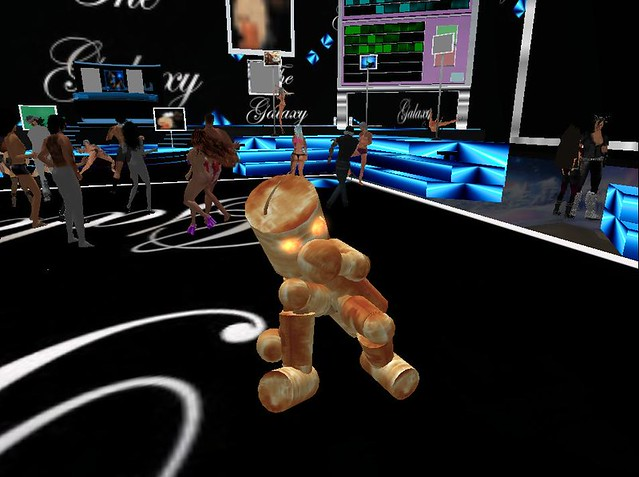 Breakdancing Robot at the Galaxy by Second Sights