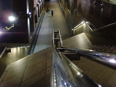 Walk (carlosjg75) Tags: london lines metal night stairs river noche walk escaleras girs