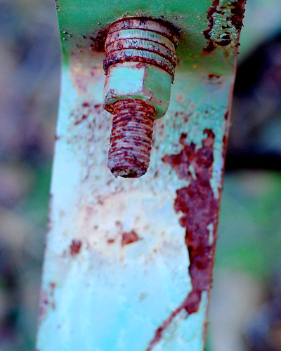 v rusty tractor 059