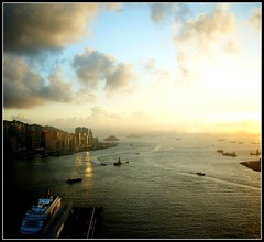 Sunset over Victoria Harbour Hong Kong (lyh1 ~ On & Off) Tags: sunset hongkong victoriaharbour photomatix singlejpghdr