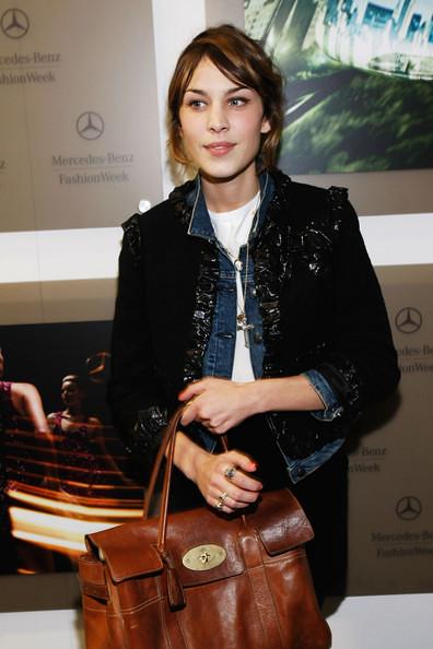 Mercedes Benz Presents Fashion Week Spring XTsPT9t_Mtal