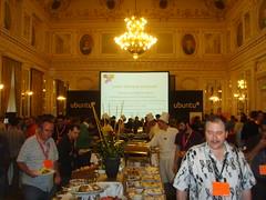 Ubuntu Developers Summit - Linaro Showcase