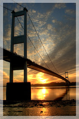 The Severn Bridge at Sunrise (-terry-) Tags: bridge sunrise river dawn severn thumbsup daybreak severnbridge supershot beachley platinumphoto superaplus aplusphoto holidaysvacanzeurlaub flickrchallengewinner 15challengeswinner excellentphotographerawards betterthangood