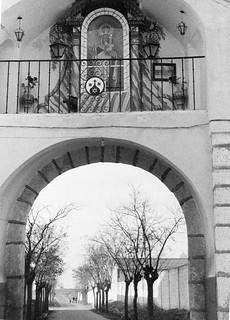 Arco de salida hacia Toledo