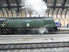 34067 'Tangmere' leaving York station (Richard and Gill) Tags: york station train yorkshire railway steam locomotive sr steamengine southernrailway battleofbritain britishrailways tangmere scarboroughspaexpress 34067 bulleidpacific