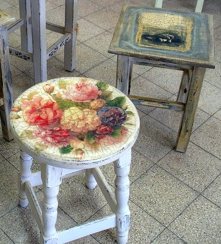 distressed furniture decoupage+ decorative paint