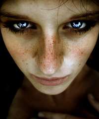 little girls eyes (urline) Tags: portrait woman girl beauty face eyes gesicht portraiture freckles augen frau mdchen sommersprossen photonotbyme postprocessingbyme urline florianoehrlein btwnotmylittlegirl