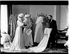 Egypte Dames de harem chez le couturier