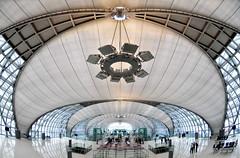 Suvarnabhumi is such a curvy airport...