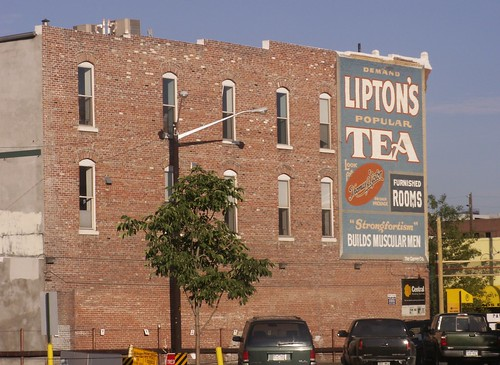 Lipton's Tea with Furnished Rooms
