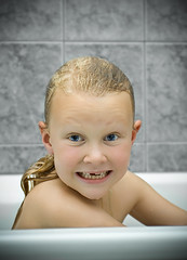 (Hawk.) Tags: snow water girl smile canon eos 350d iceland name l bathtub nymph 1740mm mywinners fannds
