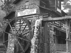 The Grist Mill (Mariel75899) Tags: mill water wheel tennessee forge dolly dollywood pidgeon parton grist