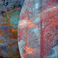 Hevet - Raised (erlingsi) Tags: abstract rot square rust rusty sq corrosion rouille rusten erlingsi erlingsivertsen firkantet bildekritikk korrosjon abstractimagery