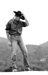 Cowboy (Eduardo Ielen) Tags: canon explorer explore explored xti eduardoielensantos ielen