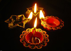 ~*~*shubh diwali*~*~ ([s e l v i n]) Tags: light india peace flames festivaloflight flame diwali pleasure deepawali prosperity deepavali diyas diya indianfestival diwaligreetings diwaliwishes selvin best2008 deepawaliwishes