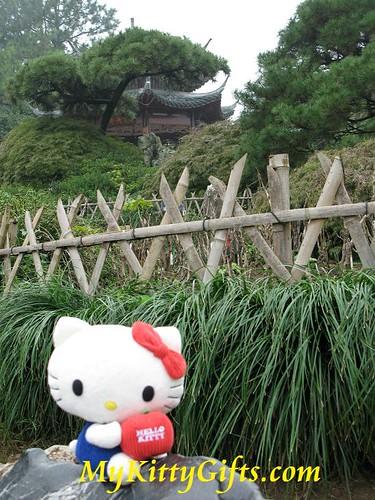 Hello Kitty at Peony Pagoda of Peony Garden, HangZhou