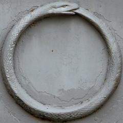 Ouroboros (Uroborus) (Leo Reynolds) Tags: cemetery canon eos iso100 snake f45 squaredcircle serpent 30d ouroboros 110mm cemeterysymbol uroborus sqparis 0ev 0006sec cemeteryperelachaise hpexif groupcemeterysymbolism sqrandom xsquarex sqset032 xleol30x xratio1x1x xxx2008xxx