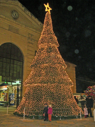 christmas tree hania chania