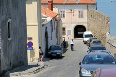 waiting at noon (cyberjani) Tags: street sea slovenia piran adriatic 攝影發燒友 oneofmypics ringexcellence