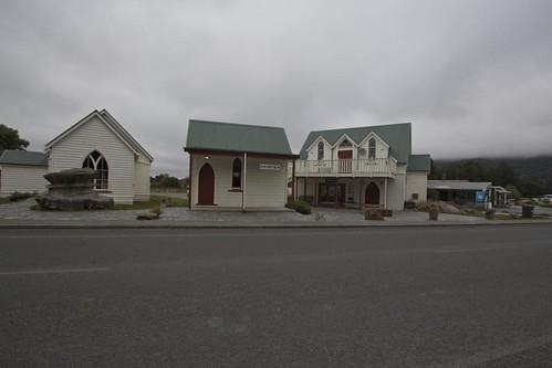 Boring Manapouri