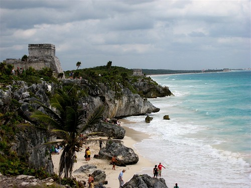 ruins meet the ocean in tulum