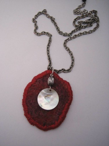 Felted pendant 2