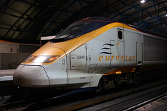 3999 at Waterloo (justindperkins) Tags: uk london night eurostar rail 373 tmst waterloointernational 3999 powercar