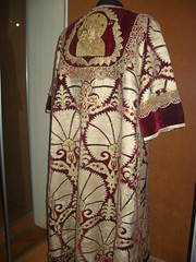 Robe (nohobot) Tags: old cruise vacation religious gold clothing ancient russia robe religion velvet monastery priest christianity ornate vestments goldthread orthodoxy orthodoxchurch russianorthodoxchurch   vologda eleusa kirillov russianorthodoxy goritsy  kirillobelozerskymonastery   russiatrip2008   vologdaoblast