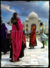 """They watched in Fascination"" (designldg) Tags: people india heritage love fashion architecture spectacular colours dream tajmahal agra breathtaking rajasthani uttarpradesh  indiasong articulateimages"