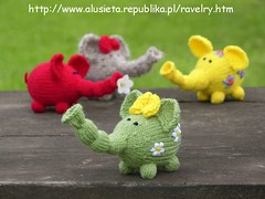 slonie05 (twinsesy) Tags: elephant flower toy power knit elephants knitted
