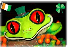 """Rain Forest"" (tinica50) Tags: verde logo rainforest frog fabulous 1001nights picturesque damncool r naturesfinest blueribbonwinner flickrific mywinners anawesomeshot colorphotoaward coloursplosion llovemypics loucosporfotografias 100commentgroup"