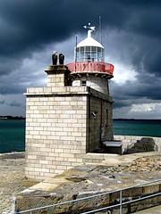 Lighthouse  / Howth (rob4xs) Tags: ireland favorite howth lighthouse clouds faro wolken phare vuurtoren leuchtturm countydublin ierland teachsolais