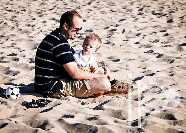 daddy and ethan at the beach