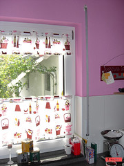 1 yd kitchen curtain / kchenvorhang (sew-mad) Tags: kitchen pattern handmade sewing curtain tutorial anleitung nhen gardine schnitt alexanderhenry sewmadbadge sewmad kchenvorhang kaffeehausgardine