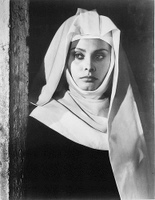 Sophia Loren in a model role for nuns?