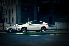 BMW X6 ,, (Weda3eah*) Tags: white man cars love grass car k sport by silver high amazing with d small moi it class bmw l oh p lovely luxury xd qatar x6 tallk a mobille weda3eah bllla blllaaaaa