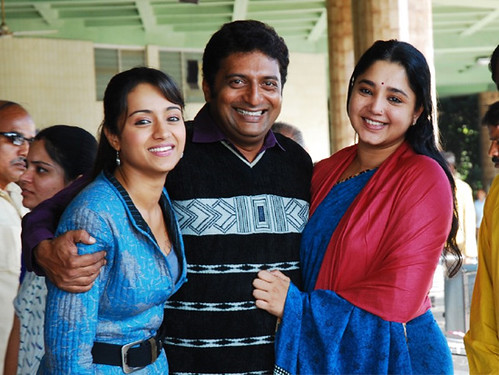 Kollywood Film Trisha and Prakash Raj in Abhiyum Naanum Photo Gallery