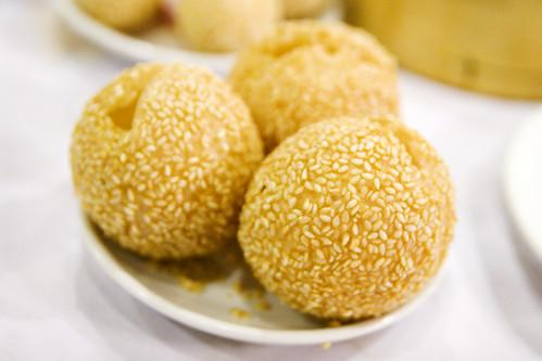 sesame rice balls