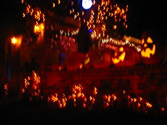 Bats play too, right?_7913 (jaciii (off&on)) Tags: blue friends red orange brown white black yellow canon gold visualarts artisticexpression halloweenlights sd600 canonsd600 spiritofhalloween eperke pigawards pofpop11 thelightpainterssociety saariysqualitypicturesgallery canondigitalpowershotsd600 betterthantheirbests