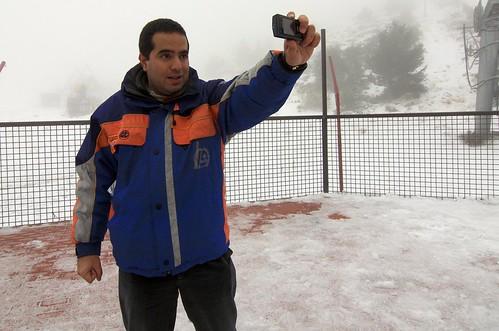 Nacho grabando el vídeo del saludo