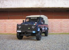 Italia-Carabinieri-Land Rover 110 telonato blu (gp37) Tags: cars car toys model models police collections law collectors landrover carabinieri 143 diecast carabini modelauto poliziamilitare