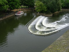 bath023 (southglosguytwo) Tags: trees water birds boat bath weir riveravon variouspeople
