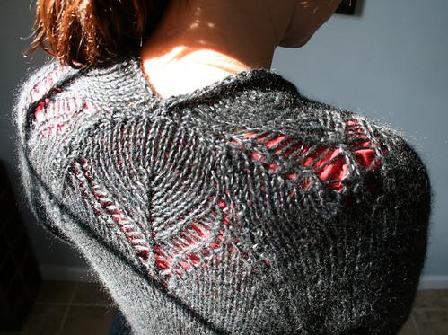 Eyelet vest - back detail