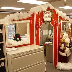 Office decoration christmas Window Christmas Office Decoration Christmas Office Decoration Shopletcom Christmas In Your Office Shoplet Blog