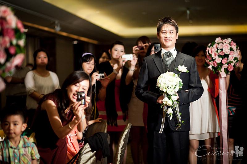 [婚禮紀錄]輝宏&欣怡婚禮攝影午宴_087