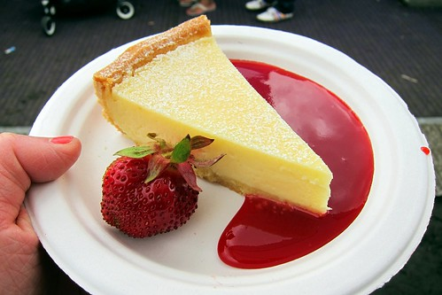 Lemon tart with fresh strawberries